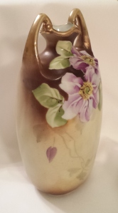 Lovely little 100-year-old Nippon clematis vase found on Ebay.